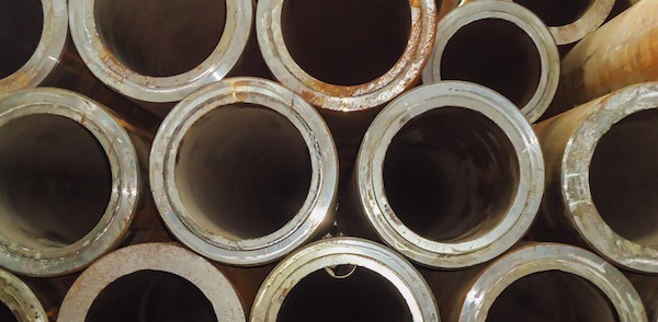 Difference Pipe vs  Tube Explained - Projectmaterials